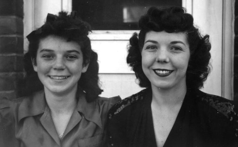 Anita and Evelyn Hill 1944